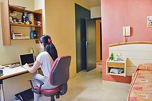 Habitación individual para universitaria en Huesca
