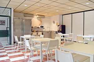 Sala de estar para residentes en Misioneras de Huesca